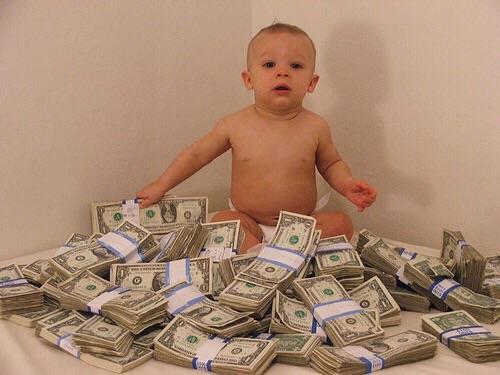 за еду и жилье платят родители какой плюс список