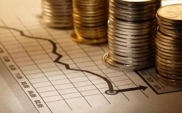 Средний долг заемщика в России за год снизился